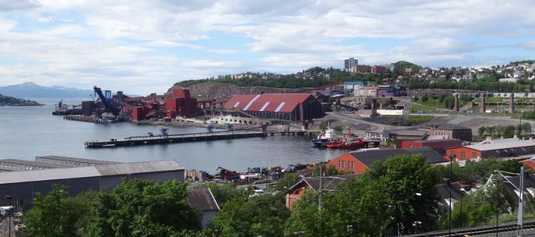 Narvik: Erzhafen am Ofotfjord