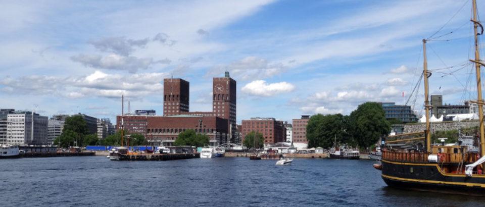 Oslo – Sehenswürdigkeiten: Akershus, Dom, Holmenkollen