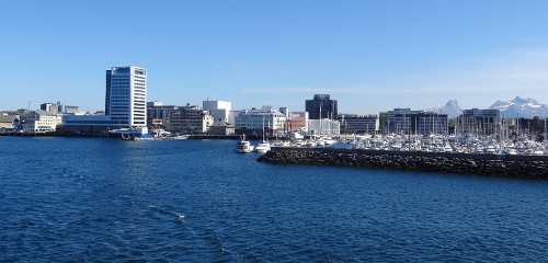 Bodø – Sehenswürdigkeiten, Flughafen, Camping