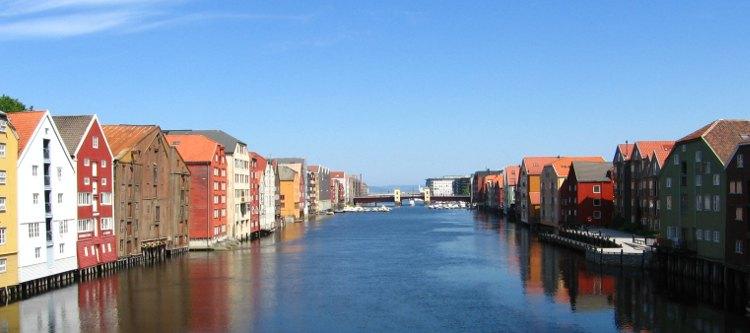 Trondheim: Bakklandet am Nidelv